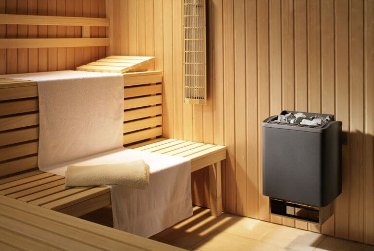 sauna v dome 768x515 - Как правильно выбрать сауну